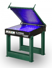 E20002331stand.png